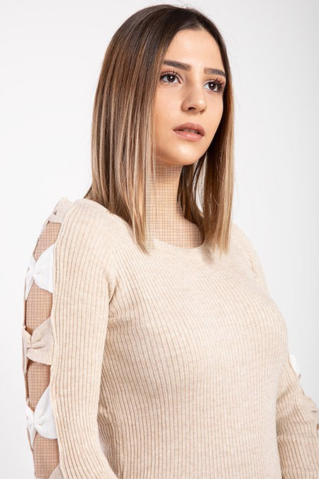 image number  2 products  Women's knitwear, cream color, has 9 different colors