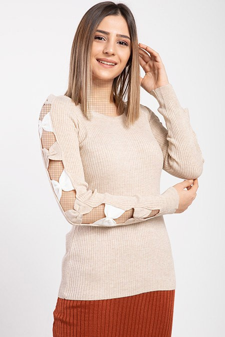 products  Women's knitwear, cream color, has 9 different colors