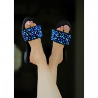 image number  3 products  Coarse pearl sandals