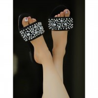 image number  4 products  Coarse pearl sandals