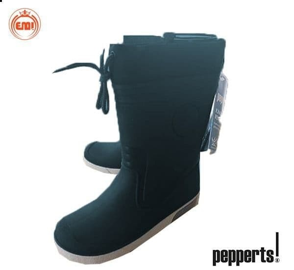 image number  4 products  Children's fur boots, brand (peppers)