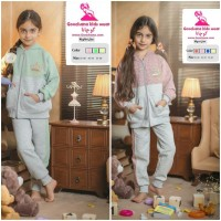 Iranian's  Girls' and children's sweatshirts and pants