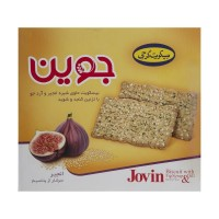 Iranian's  Georgian join biscuits with fig juice and barley flour amounting to 950 grams