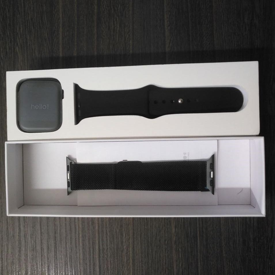 image number  2 products  Qs18 smart watch
