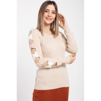 Wholesale buying Women's knitwear, cream color, has 9 different colors Supplier:                                                                                                            Meditarrane