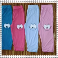 Wholesale buying Bermuda shorts smile Supplier:                                                                                                            StarWear